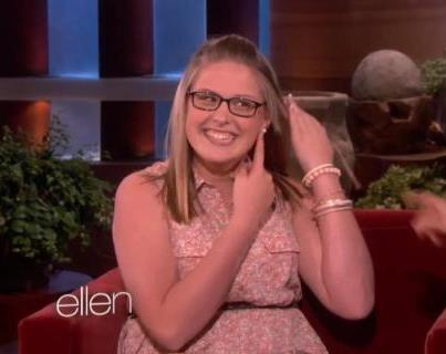 Ellen Gives Jose Eber Hair Tools to Tori Locklear